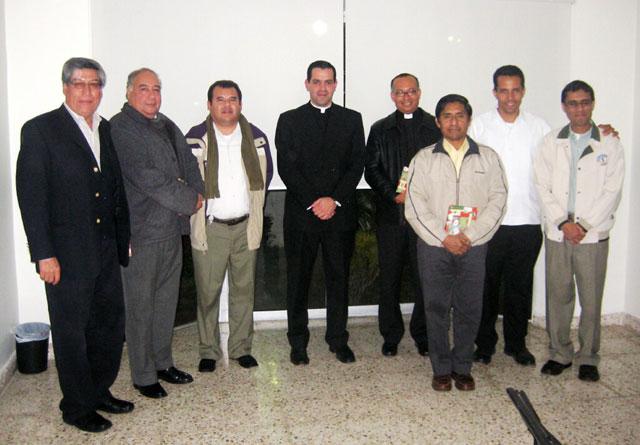 Comida con sacerdotes diocesanos