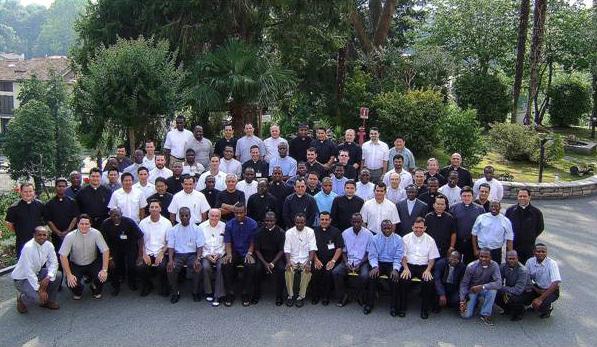 Foto de grupo de los participantes en el 20º Curso internacional para formadores de seminarios