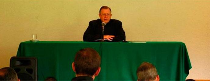 El padre Eduardo Robles Gil, L.C., entrará en funciones como director territorial de México a partir del próximo 1 de agosto de 2013.