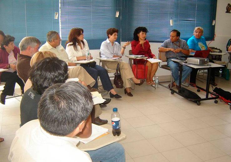 Momentos de presentación de ideas durante las reuniones.