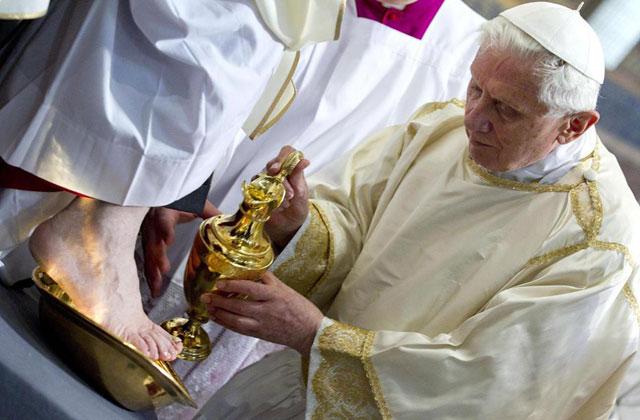 Benedicto XVI en jueves santo.