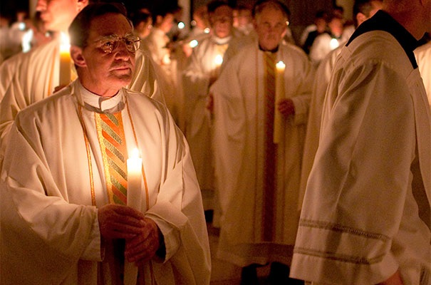 Fr. Antonio Izquierdo, LC, during the Easter Vigil Mass in 2011