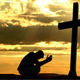 """""""El hombre ha perdido su definición, y la perderá, siempre que saque a Dios de en medio""""."""