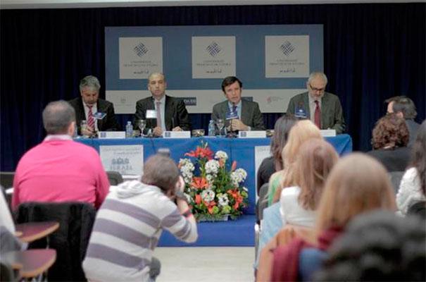 Durante la mesa redonda se analizó lo que significa ser judío.