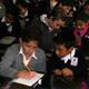 Alumnos de 6° de primaria del Instituto Cumbres comparten su tiempo y materiales didácticos con alumnos de 2° de primaria del Colegio Mano Amiga.