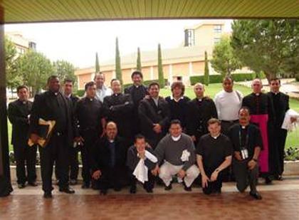Encuentro internacional para sacerdotes diocesanos