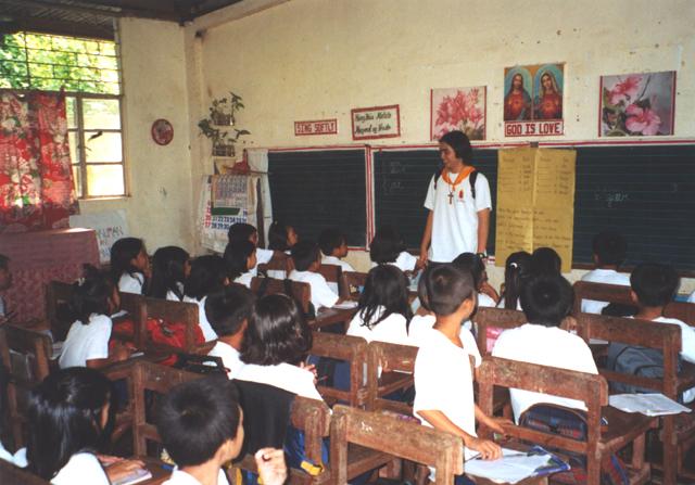 Juventud misionera en Filipinas.