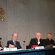 De izquierda a derecha: Prof. Gianfranco Basti, Prof. Vincenzo Cappelletti, Card. Paul Poupard, P. Ciro Benedettini. Foto: Sala Stampa del Vaticano.