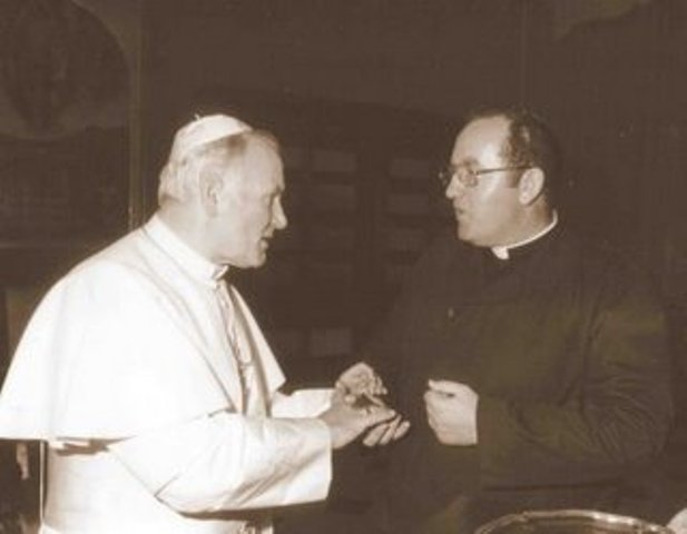 Fr John Coady, LC, with Pope John Paul II