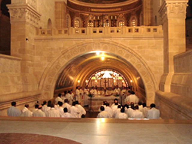 Curso sacerdotal en Jerusalén.