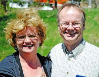 Dartmouth Regnum Christi couple