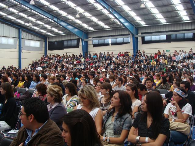 Encuentro de Juventud y Familia en Puebla