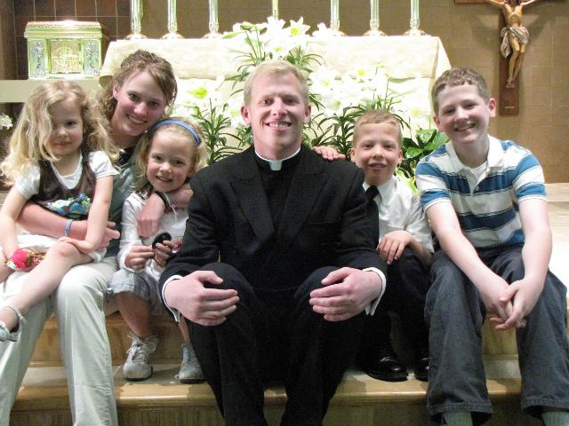 Br Russell Ward, LC, with his 6 siblings. Nate is just right of Br Russell.
