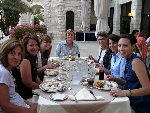 group lunch ND