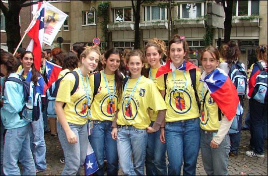 Jóvenes del Movimiento presentes en la Jornada Mundial de la Juventud 2005.