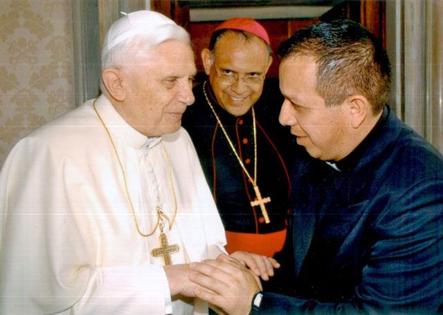 P. José Luis Rosales, cel centro sacerdotal.