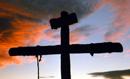 """""""Todo aquel, cristiano o no, que formule a Jesús aquella pregunta del confuso Pilato: �¿Tú eres rey?�, recibirá la misma respuesta de un Cristo que gobierna en el servicio y en la cruz: 'Tú lo has dicho, yo soy Rey'""""."""
