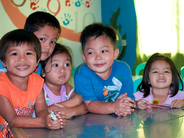 cheerful faces of manila mano amiga kids