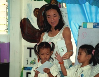 Mandee Lim with kids