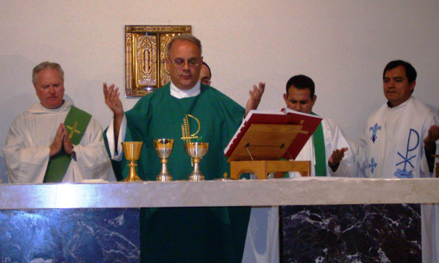 A moment during the concelebration of the Mass.