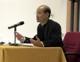 P. Alex Yeung, L.C., durante la defensa de su tesis doctoral en el Ateneo Pontificio Regina Apostolorum.