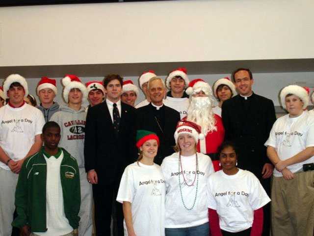 Archbishop Wuerl visited the Angel for a Day event in Washington.