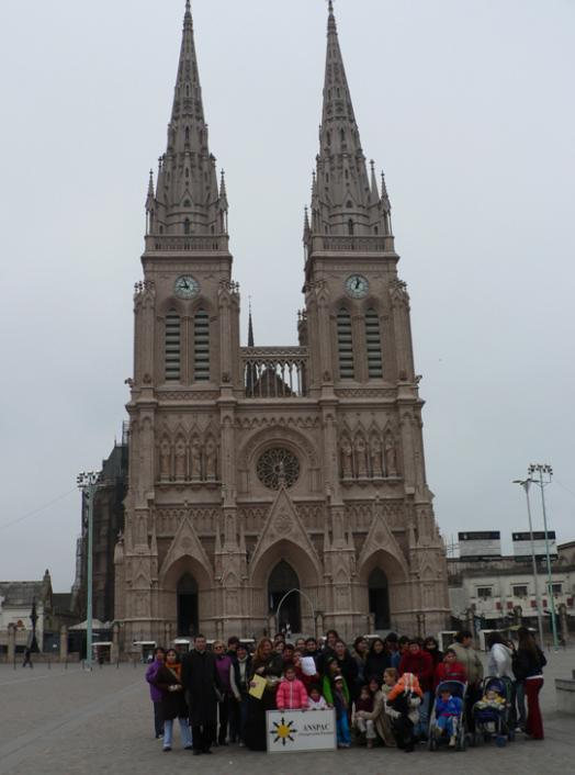 Peregrinación al santuario de la Virgen de Luján.
