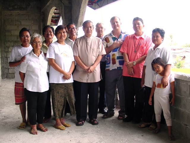 Most Reverend Filomeno Bactol DD, Bishop of the Diocese of The Naval visited Michael, Amy and the faithful of Biliran.