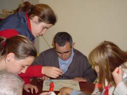 Club Alpes Sevilla, visitan asilos de ancianos