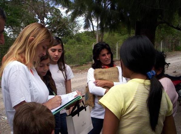 Se aprovecharon las misiones para levantar un censo y ayudar al párroco a enfocar las actividades de la parroquia según las necesidades de la comunidad.