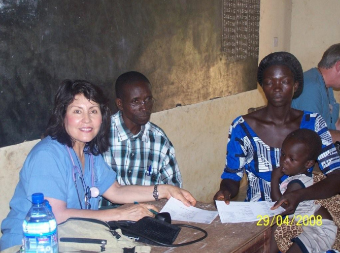 Lupita Assad with patients at the triage clinic in Sui.