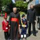S.Em.za R. Card. Carlo Cafarra con i bambini del Villaggio dei Ragazzi (Maddaloni) e P. Luis Garza Medina L.C.. vicario generale dei Legionari di Cristo e del Regnum Christi.