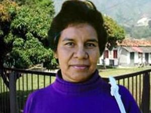 Sra. María Esther, mamá de 5 niños que se han venido beneficiando de la formación integral que les ofrece el Colegio Mano