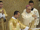 Mons. Karl Joseph Romer preside la concelebración eucarística en el Pontificio Colegio Internacional Maria Mater Ecclesiae de Roma