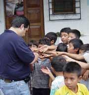 Misiones de desparasitación en Osuna, Guatemala