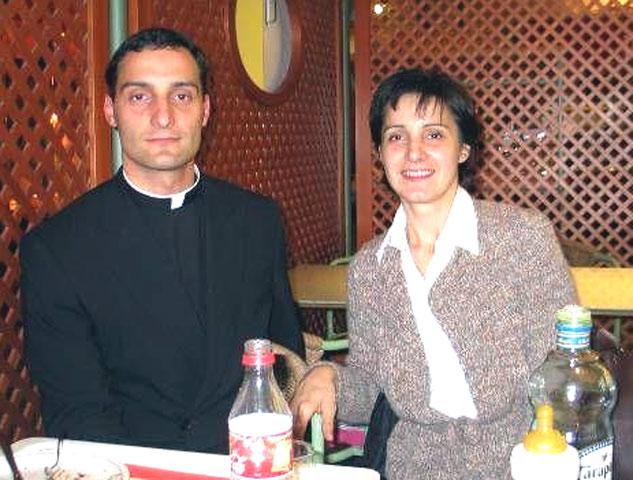 Rosanna Brusco con suo fratello, P. Gabriele Brusco, LC.