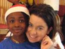 Una voluntaria de Soñar Despierto dedicó un día a hacer felices a las niñas de un colegio del centro de Dublín.