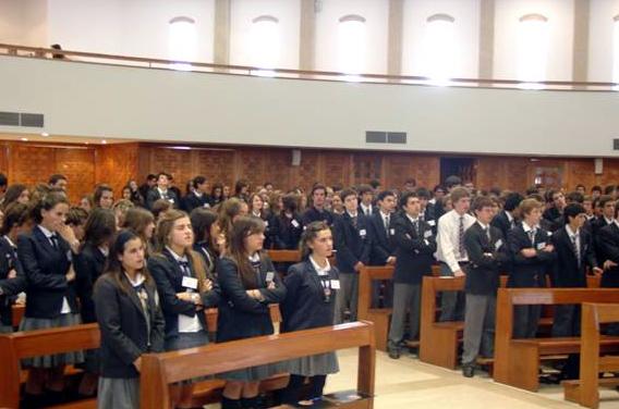El inicio del seminario fue enmarcado por la celebración eucarística en la capilla del Colegio Cumbres de Santiago.