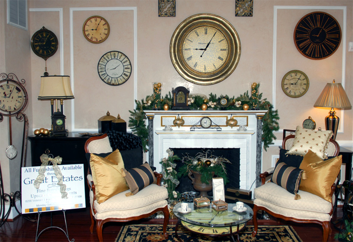 A sitting room all spruced up for the holidays