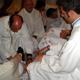 La lavanda dei piedi: rito tradizionale del Giovedì Santo.
