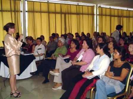 Desarrollo del curso de Tanatología en El Salvador