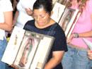 El apostolado de la Virgen Peregrina de la Familia tiene entre su ideario el dar testimonio del amor cristiano.