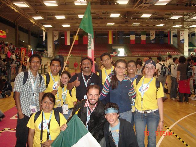 Jóvenes del Regnum Christi en la Jornada Mundial de la Juventud, Colonia 2005.