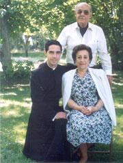 P. Octavio Ortiz de Montellanos L.C. con sus papás